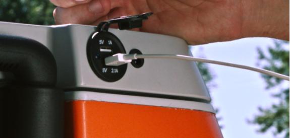 koelbox the coolest cooler- USB aansluiting